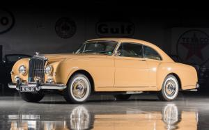 Bentley S1 Continental Sports Saloon by Mulliner 1956 года